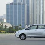 Toyota-Innova-2014-(2)