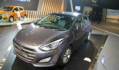 146820198534197 hyundai1 Hyundai i30 2017 giá bao nhiêu? thiết kế nội ngoại thất & vận hành