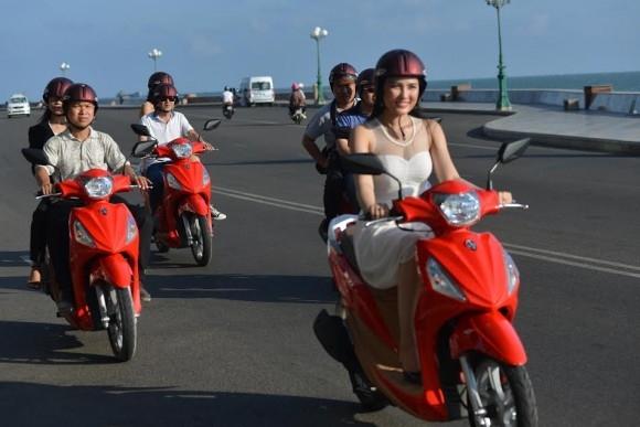 2 2045 Những lý do mà phụ nữ việt thích đi xe tay ga