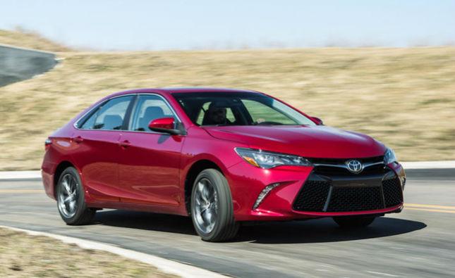 2016 Toyota Camry Hybrid LE Ngắm thiết kế Toyota Camry 2016 Hybrid: Quá đẳng cấp