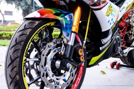 4 1403720 Cận cảnh Exciter 150 độ bảy màu cá tính của biker Biên Hòa