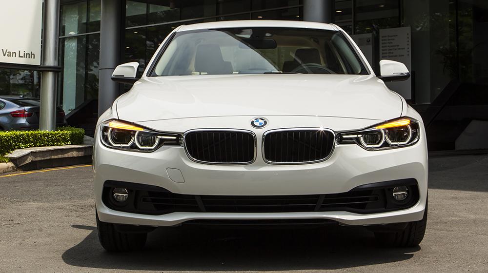 BMW 100 year 1 Giá xe BMW 320i bản kỷ niệm 100 năm tại Việt Nam từ 1,658 tỷ VNĐ