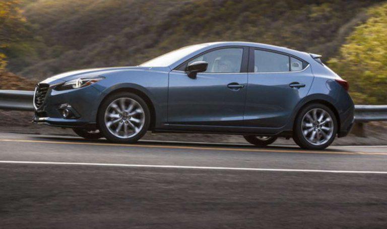Gia xe mazda 3 2016 768x454 Đánh giá xe Mazda 3 2016: Nên mua Mazda3 Sedan hay Hatchback?