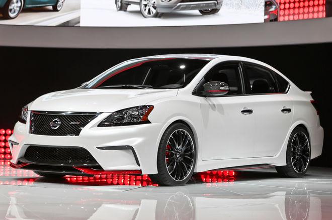 Nissan Sentra Nismo Concept front three quarters 022 Đánh giá xe Nissan Sentra Nismo 2017 cùng khả năng vận hành