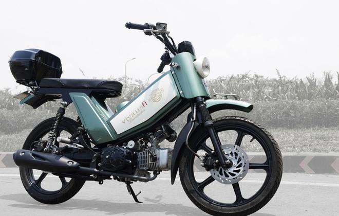 P1090301 1463390826 660x0 Ngắm Kawasaki GPX750 độ phong cách Cafe Racer cực đẹp