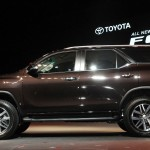 Toyota_Fortuner_2016 (2)