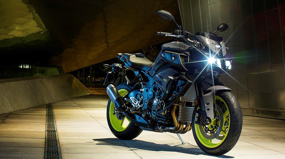 Yamaha MT10 2016 1 Giá xe Yamaha MT 10 2016 khoảng 380 triệu VNĐ, MT 10 2016 có gì mới?