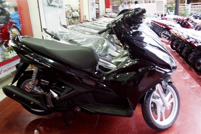 ab1 custom 1706 Giá xe Honda Air Blade 125 bản màu đen chỉ còn 35,5 triệu VNĐ