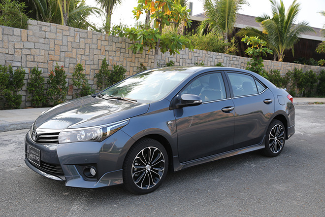 altis OWHU Toyota Corolla Altis ngày càng hụt hơi so với Mazda3, Kia Cerato?
