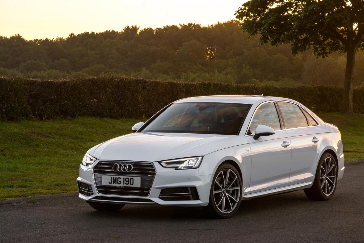 audi a4 xlarge Đánh giá xe Audi A4 2016 về nội ngoại thất và cảm giác lái