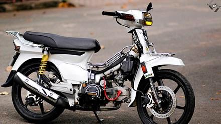dan choi viet nang doi giac mo honda dream ii sieu chat ORZA Toàn cảnh Honda Dream II độ cực phong cách của biker Sài Gòn