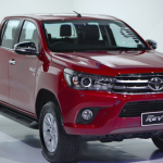 danh-gia-chi-tiet-xe-toyota-hilux-2016-ve-hinh-anh-gia-ban-thi-truong-1