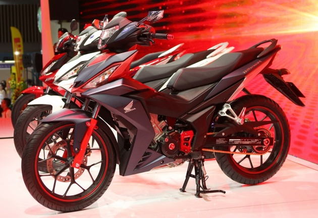 image 1463799977 image 1462351635 hinh 21 Ngắm Honda winner 150 độ đồ chơi hàng hiệu tại Việt Nam