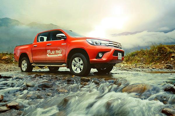 images1741523 Hilux  Doanh số bán xe Toyota trong 6 tháng đầu năm 2016 tăng nhẹ