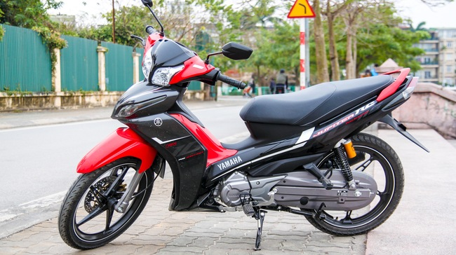img 7509 1456746626548 crop1456746692018p Toàn cảnh tháo lắp vỏ xe Yamaha Jupiter 2016