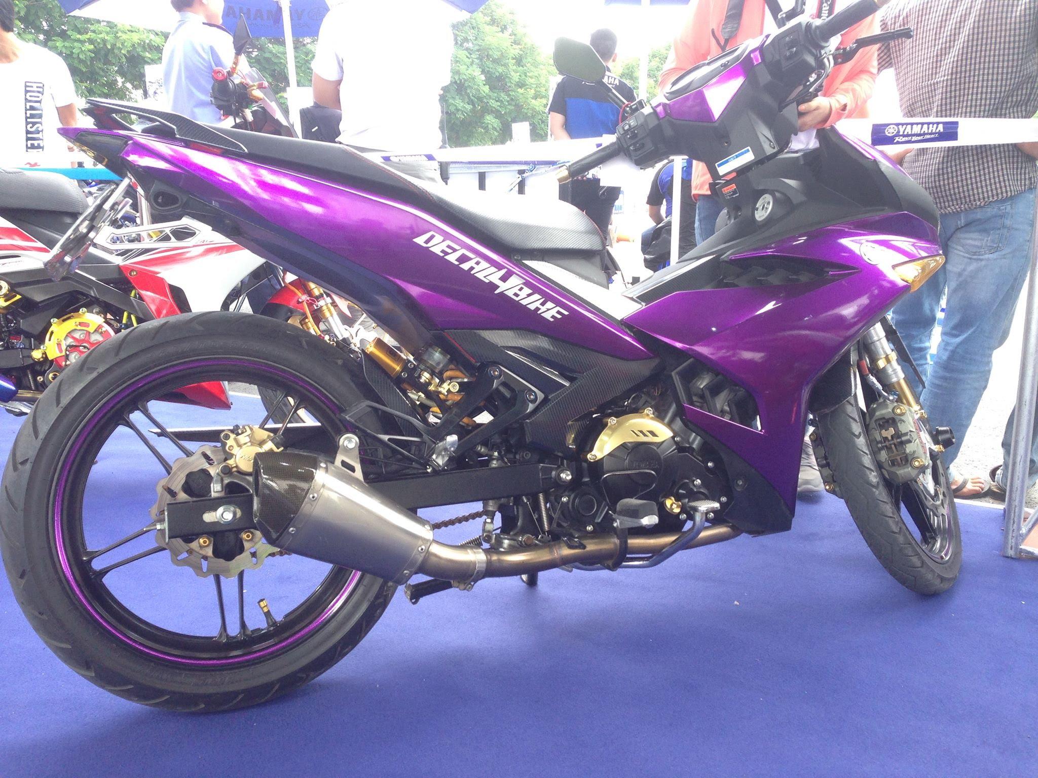 maxresdefault12 Cận cảnh Exciter 150 độ màu tím Crom của Biker Sài Gòn