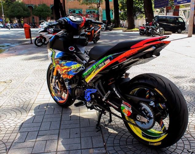 ngam yamaha exciter 150 do dan chan pkl cuc dinh hinh 8 Yamaha Exciter 150 độ dàn vỏ phong cách xăm nghệ thuật Nhật Bản