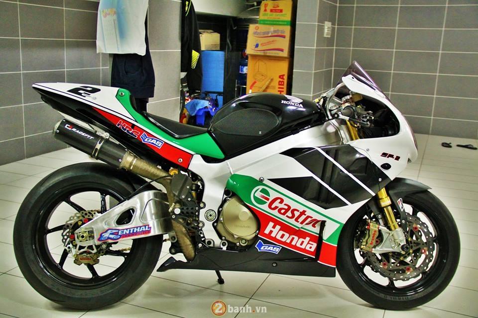 sieu xe dua honda rc51 sp2 cuc ham ho 3960 1455011195 56b9b57b80856 Chi tiết Siêu xe đua Honda RC51 SP2 cực hầm hố
