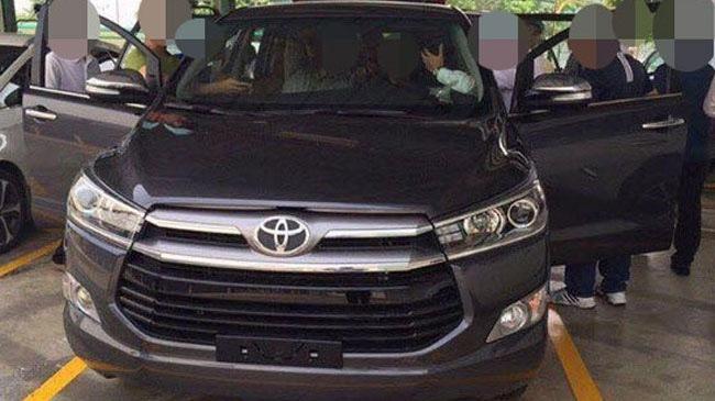 toyota innova 1468148513424 crop1468148526691p Toyota Innova phiên bản mới sắp ra mắt, doanh số bản cũ giảm mạnh