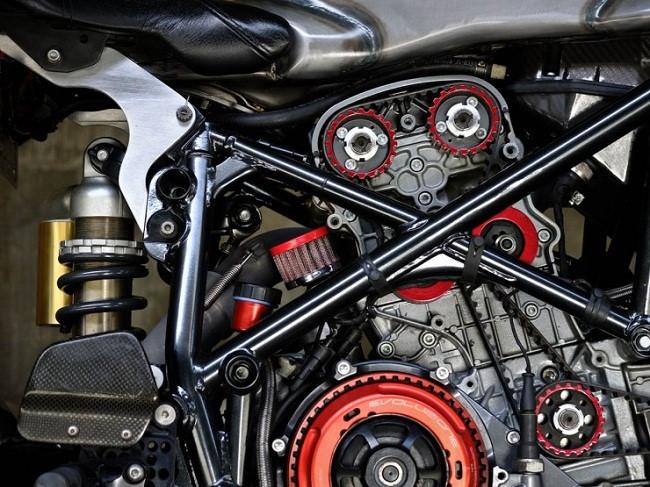 Cân cảnh chiếc Ducati 749 độ cực khủng khiến Tổng thống cũng mê