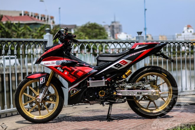 yamaha exciter kieu xe dua cua biker sai gon 1 Ngắm Exciter 150 độ phong cách xe đua của biker Sài Gòn